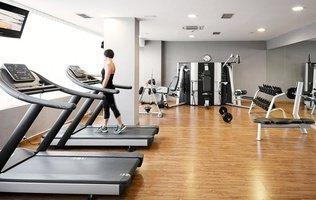 Гимнастический зал Hotel Coral Suites & Spa